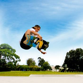 surfing-grab-rail-air-surfing-skateboard