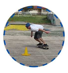 intermediate-bottom-turn-surf-skate